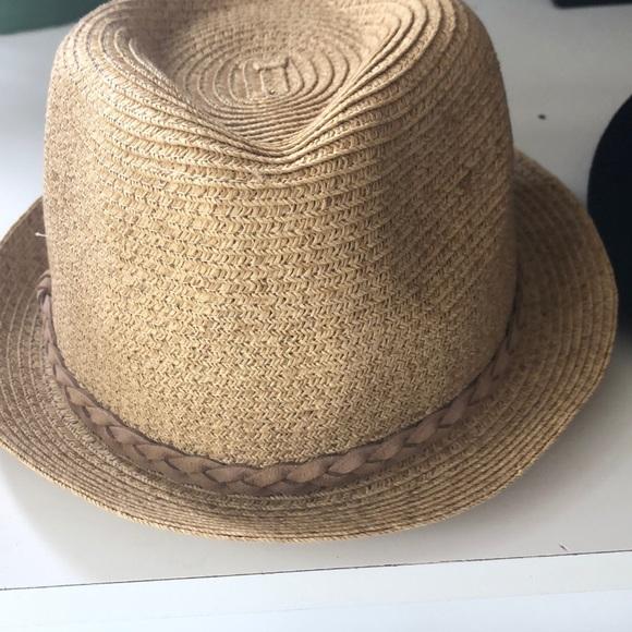 4b8d51179 NWT straw beach hat NWT
